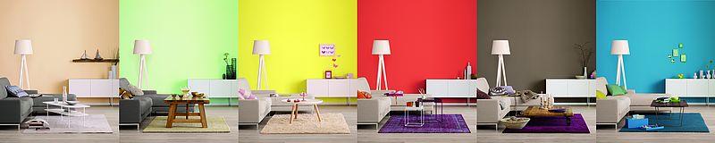Beispiel für Farbwirkung in Räumen anhand eines Wohnzimmers mit sechs/6 unterschiedlichen Wandfarben.