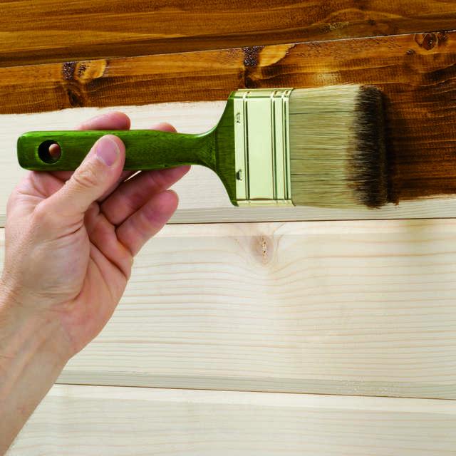 Holz richtig lasieren - Alpina Farben